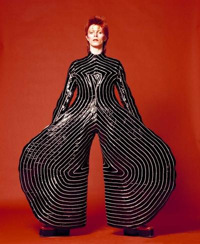 Et af Sukita´s berømte Bowie billeder - giver ordet kassebukser en hel ny betydning.