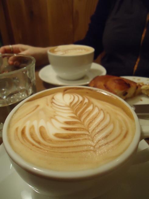 Vi fik jorden bedste kop kaffe på Monmouth...
