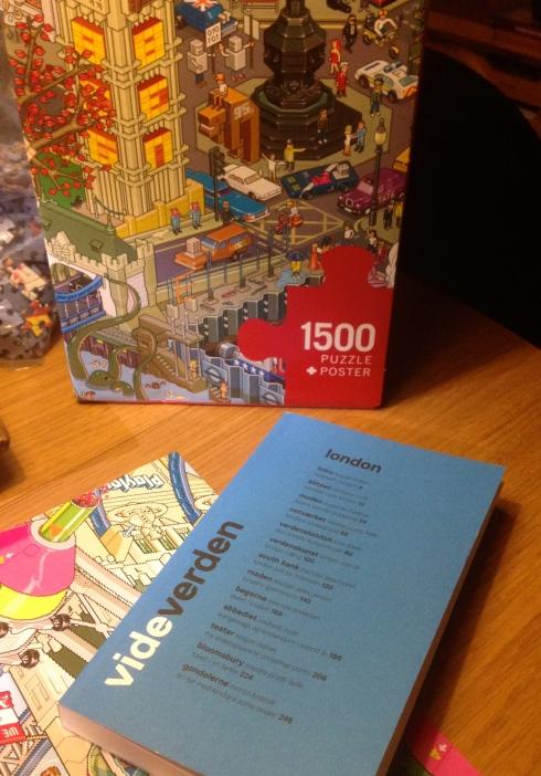 Puslespil med 1500 brikker og en Londonbog vi ikke kendte